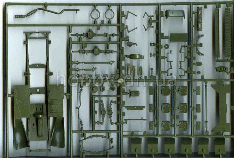 Сборная модель Zvezda БТР М3 Скаут с тентом 3581