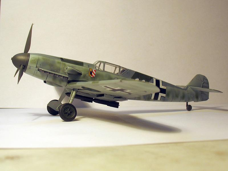 Самолет Bf 109F-4/B WWII German Fighter-Bomber
